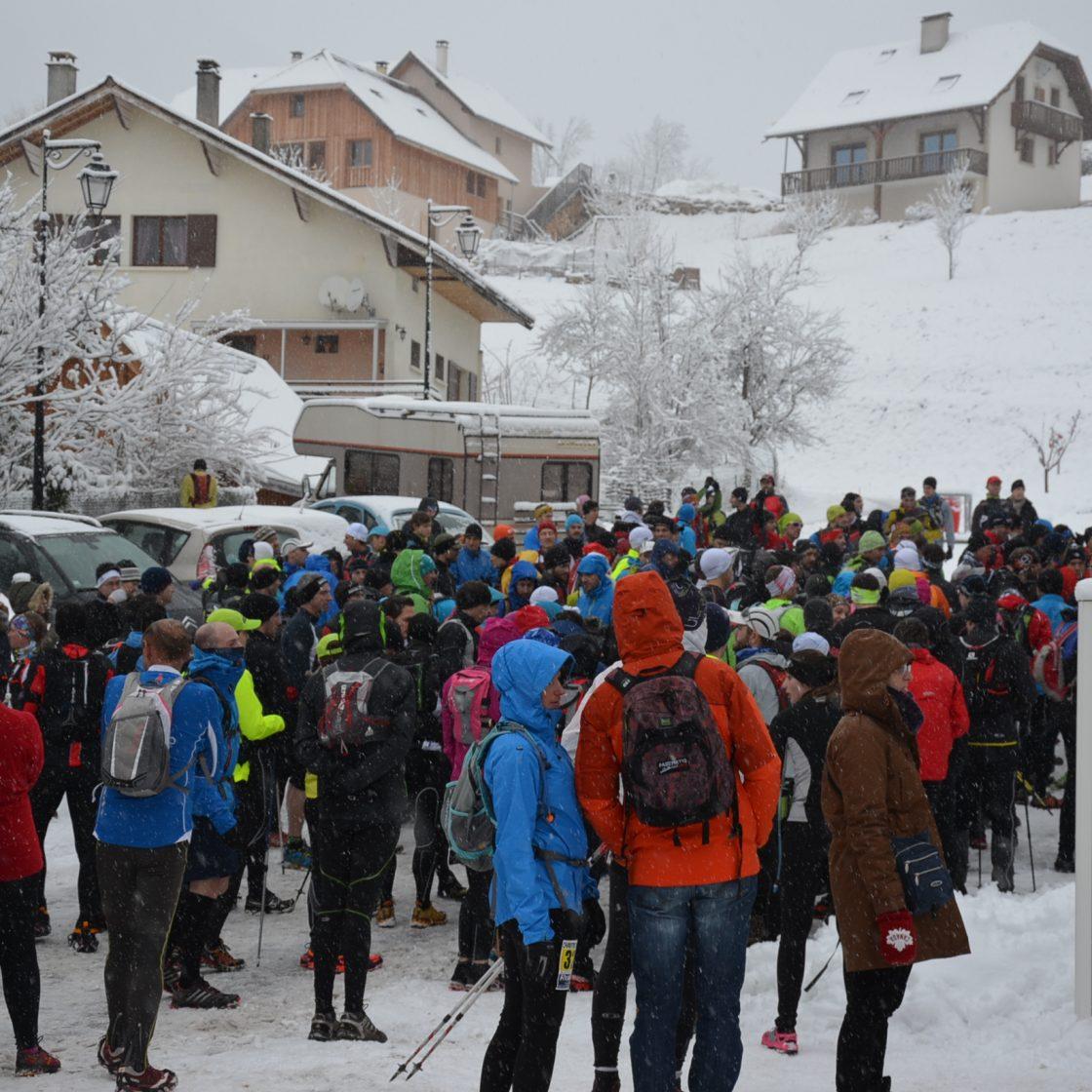 Wintertrail (2014-02,02, Julien THIERY – RAIDLIGHT) (1)- courreurs au rendez vous